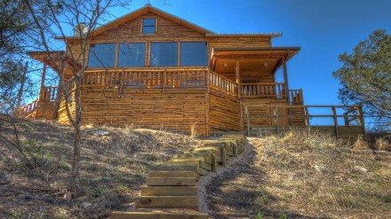 Cypress Banks - Luxury Cabins on the Frio River